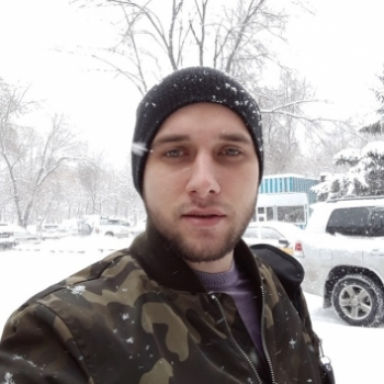 Дмитрий Глушков
