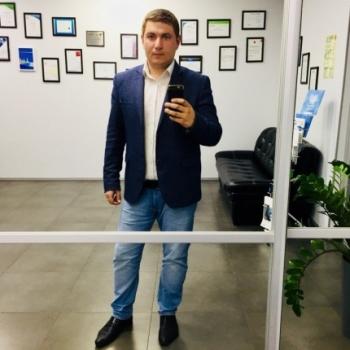 Константин Капралов