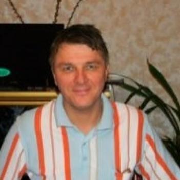 Олег Суровый
