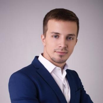 Максим Полуяктов